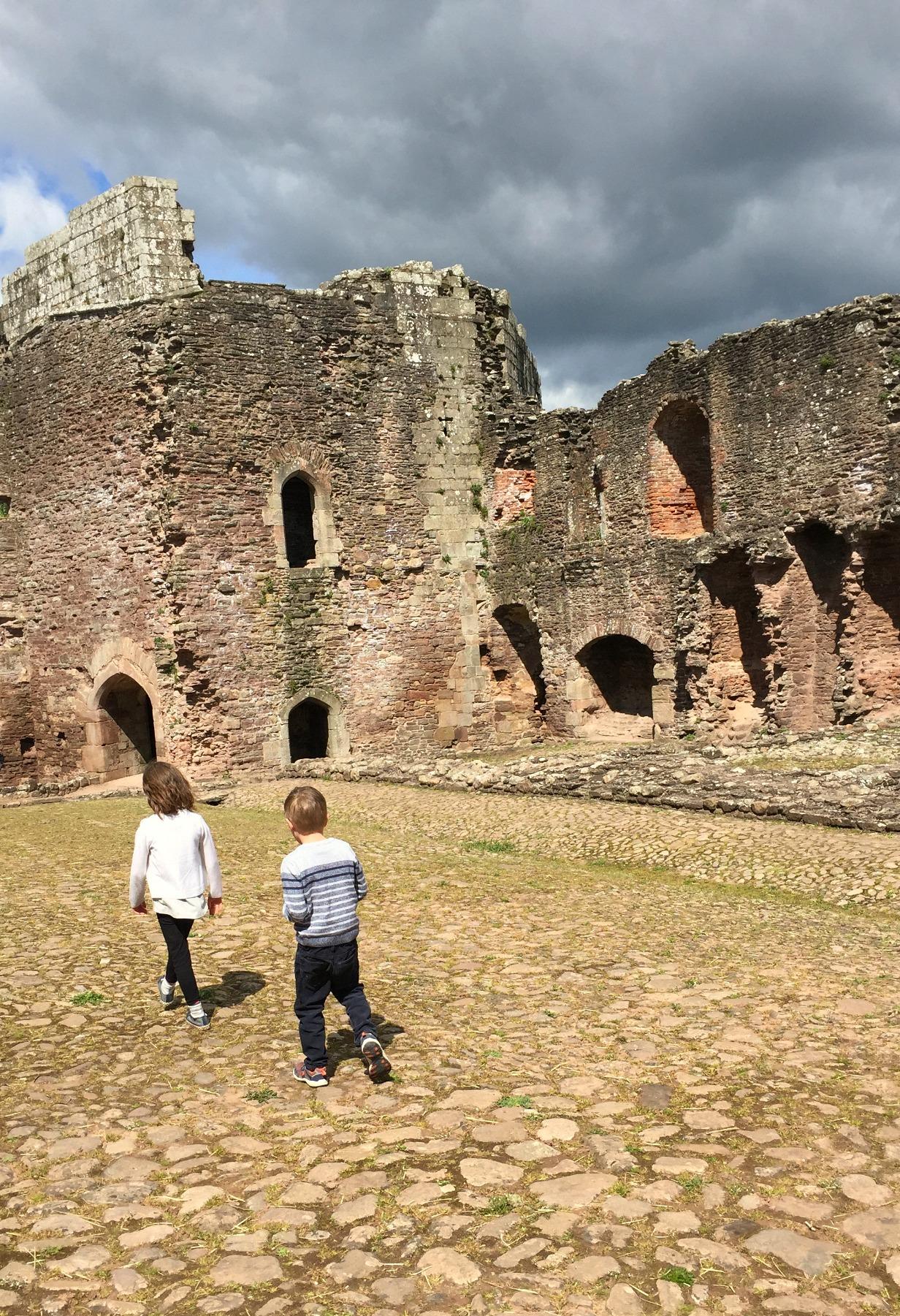 Raglan Castle 20