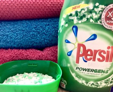 Persil Powergems