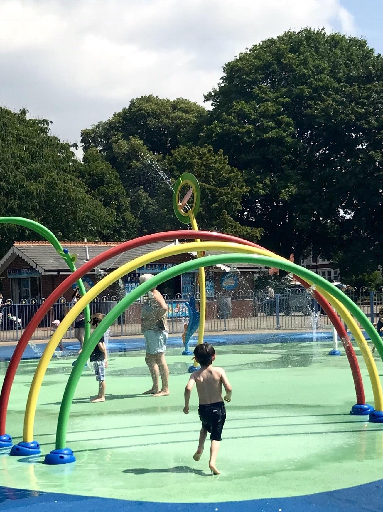 Victoria Park Splashpad Cardiff